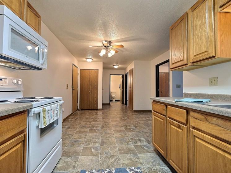Prairiewood Courts Apartments   2 Bdrm - Kitchen