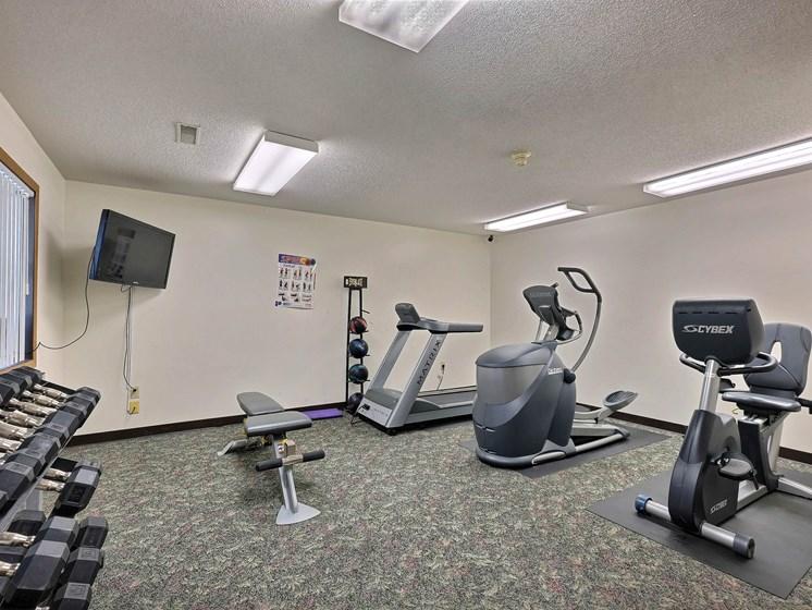 Prairiewood Meadows Apartments | Fitness Center