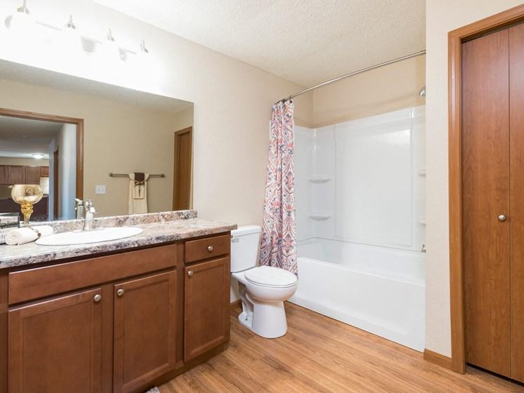 Fairview Apartments | 2 Bdrm-Plan B - Bath