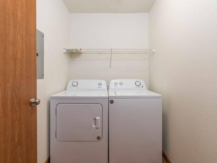 Fairview Apartments | 2 Bdrm-Plan B - Laundry