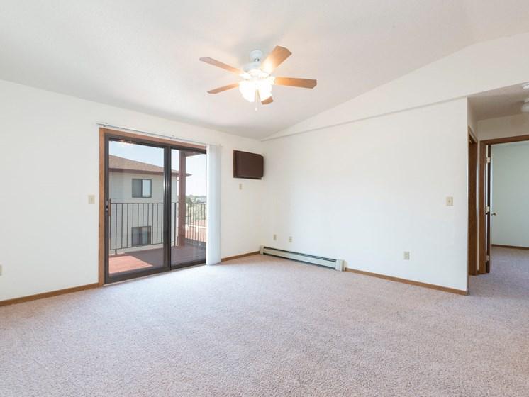Fairview Apartments | 3 Bdrm - Living Room