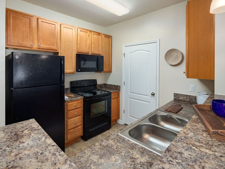 All Electric Kitchen at Abberly Crossing Apartment Homes by HHHunt, Ladson