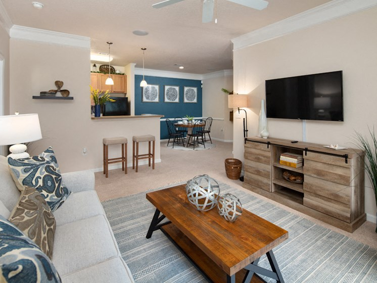 Spacious Living Room at Abberly Pointe Apartment Homes by HHHunt, Beaufort, SC
