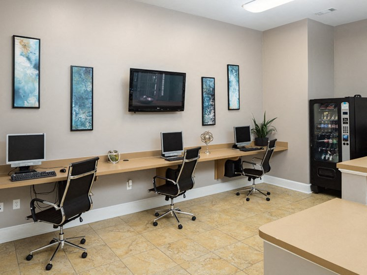 Computer Center With Internet Access at Abberly Pointe Apartment Homes by HHHunt, Beaufort
