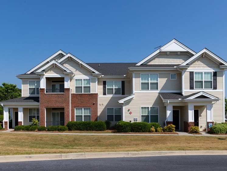 Lush Green Outdoor Spaces at Abberly Village Apartment Homes by HHHunt, South Carolina