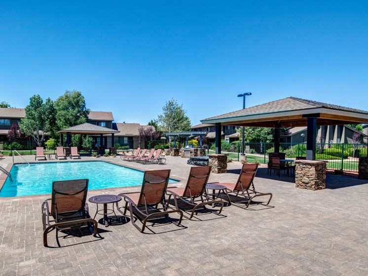 Swimming Pool with Gazebo and BBQ Grill at Country Club Meadows Apartments, Arizona