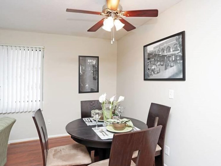 dining area at The Park on Center Apts