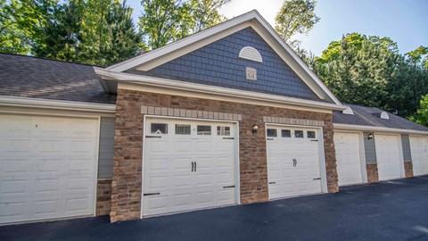 Overlook at Gwinnett detached spacious garages