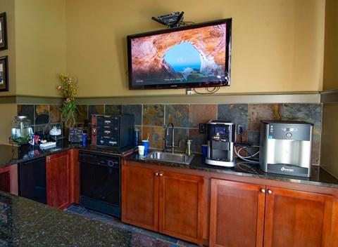 Overlook at Gwinnett Stadium entertaining kitchen