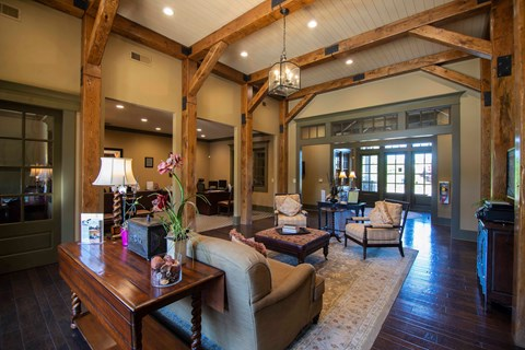 Overlook at Gwinnett clubhouse with custom beams