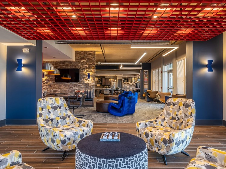 Beautiful sitting area with center table at Foxridge Apartment Homes, Blacksburg, Virginia