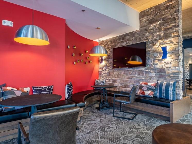 Community Lounge at Foxridge Apartment Homes, Blacksburg