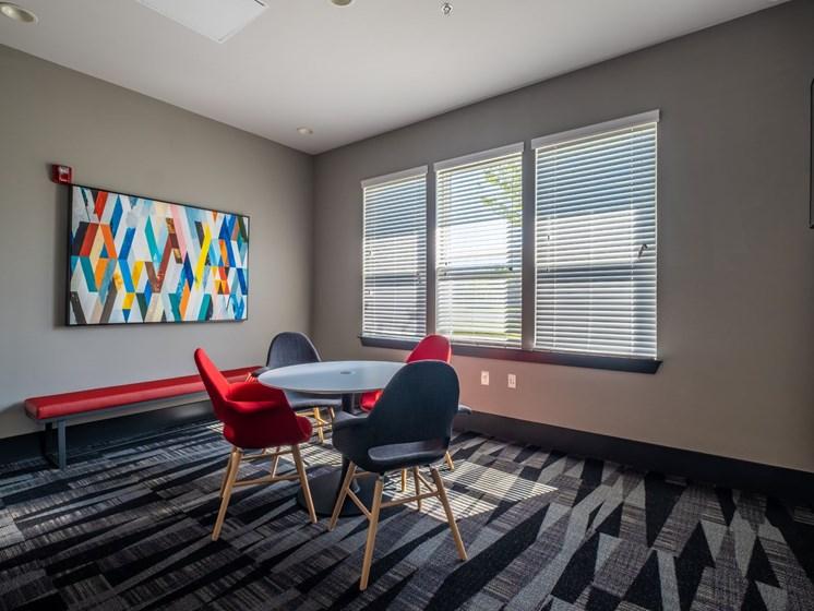 Dining room1 at Foxridge Apartment Homes, Virginia, 24060