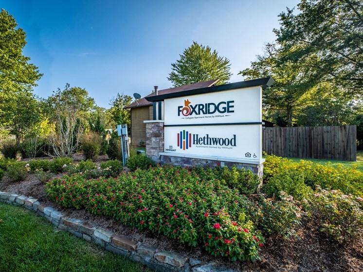 Building View03 at Foxridge Apartment Homes, Virginia, 24060