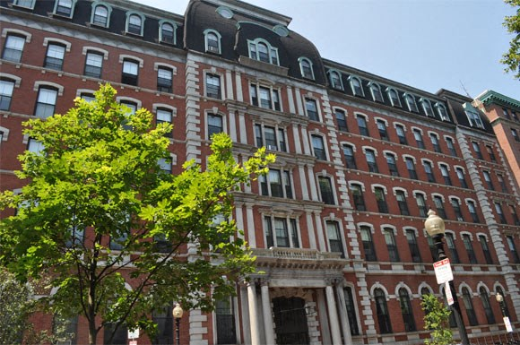Franklin Square Exterior 1