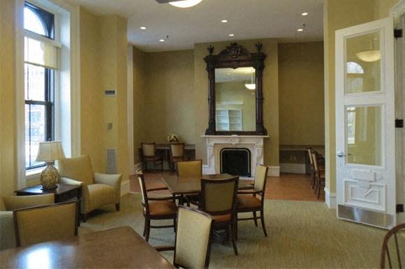 Franklin Square Interior 7