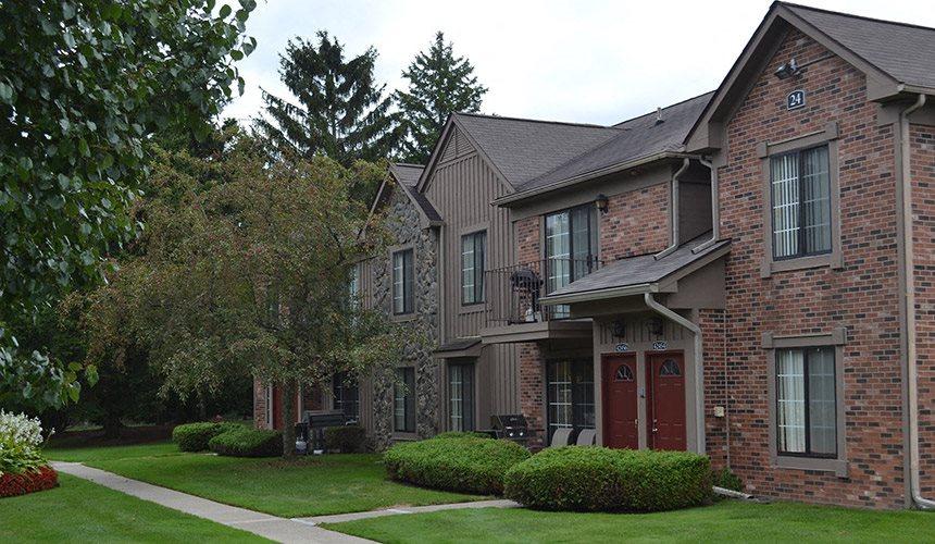 Premier Apartment Community at Pilgrim Village - Canton, MI, Canton