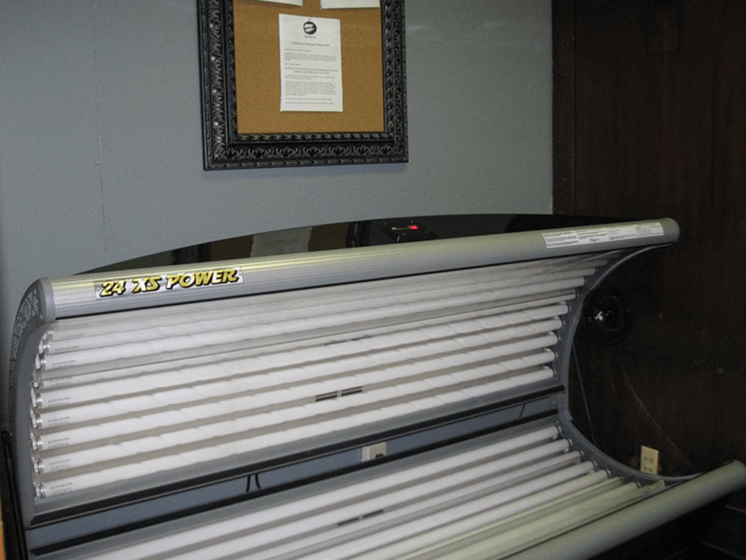 tanning bed at apartment community