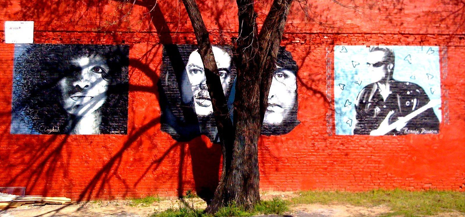 Deep Ellum Mural at 3333 Elm Street Lofts in Deep Ellum, Dallas, TX