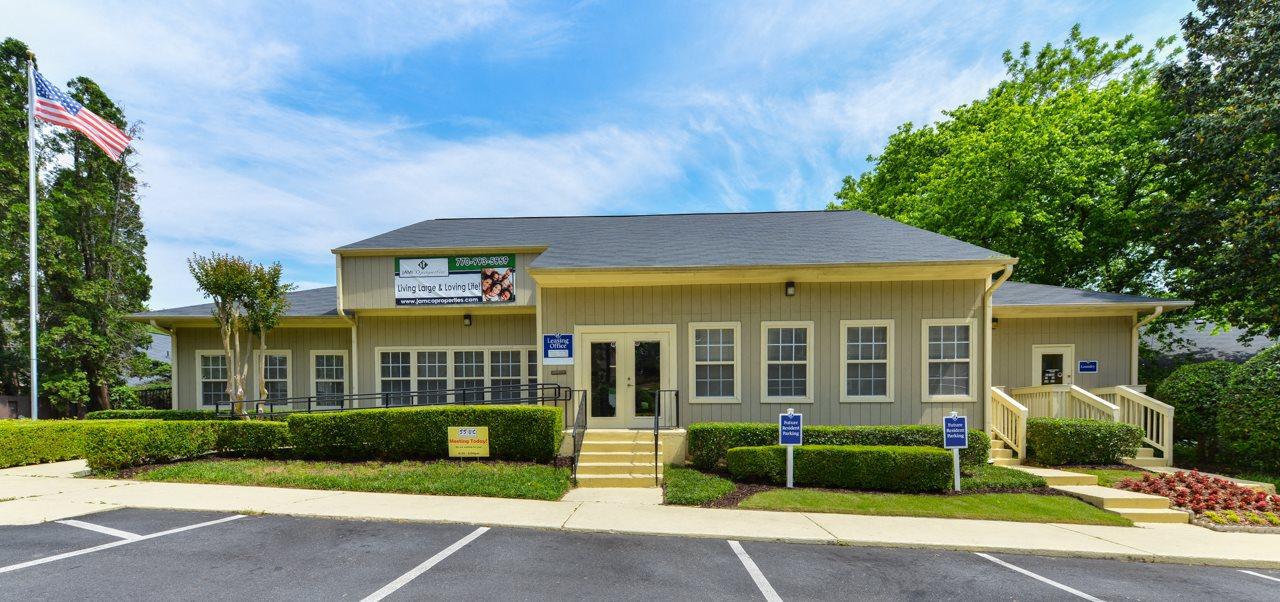 Aspen Pointe Apartment Homes Club House | Roswell, GA 30076