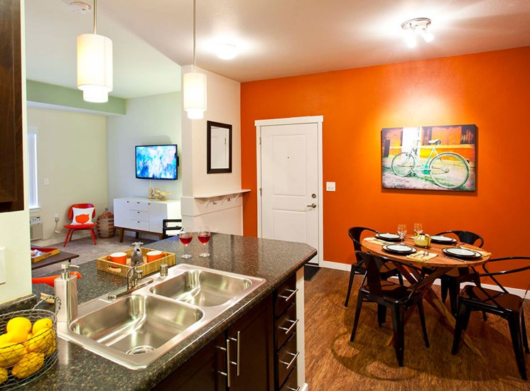 Fully Equipped Kitchens And Dining at Mullan Reserve, Missoula
