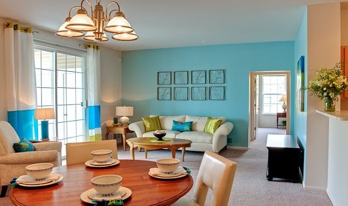 Living and dining areas at Prairie Point Apartments in Merrillville, IN