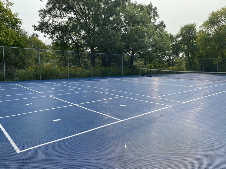 Sport court with tennis and foursquare
