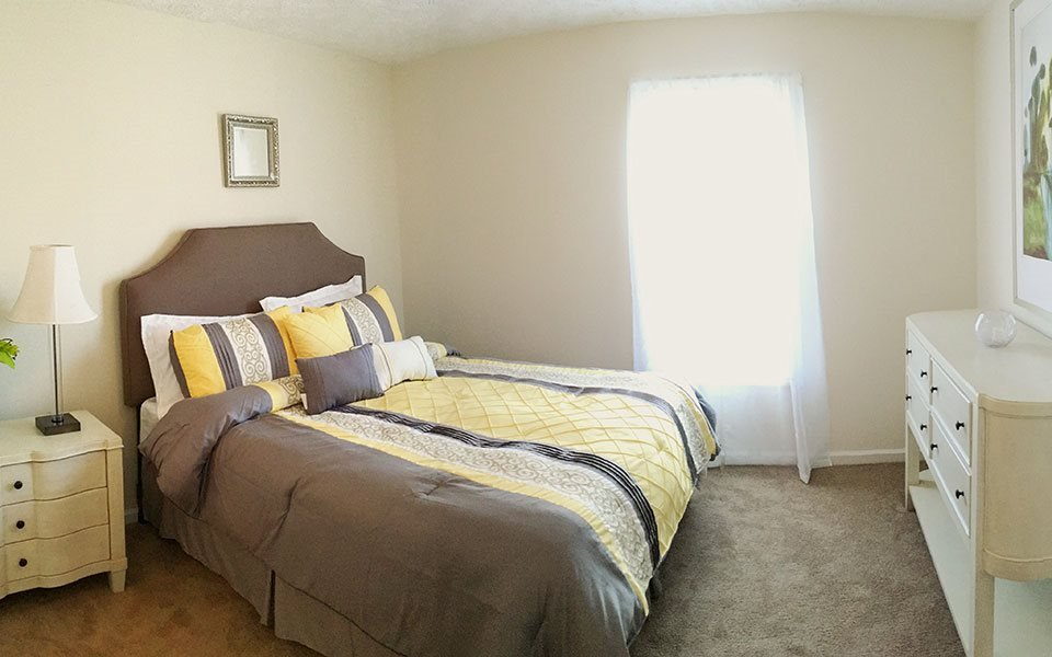 Bedroom at Hidden Lake Apartments, Fayetteville, 28304