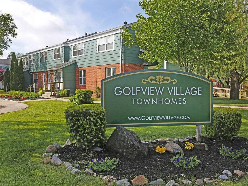 Golfview Village Townhomes in Rantoul IL