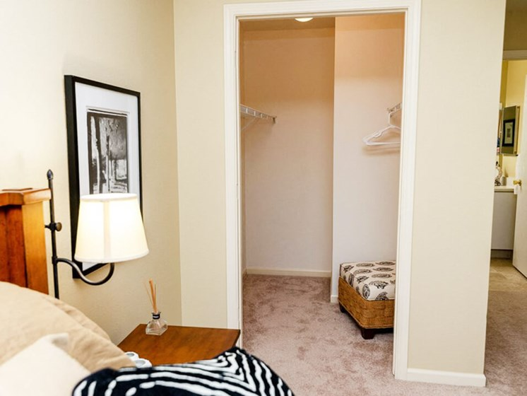 Bedroom with closet in Apartment