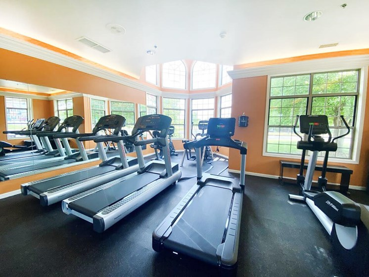 Apartment Fitness Center with Cardio Machines