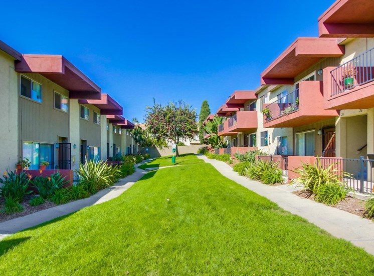 Exterior view of Mesa Vista Apartments and common areas
