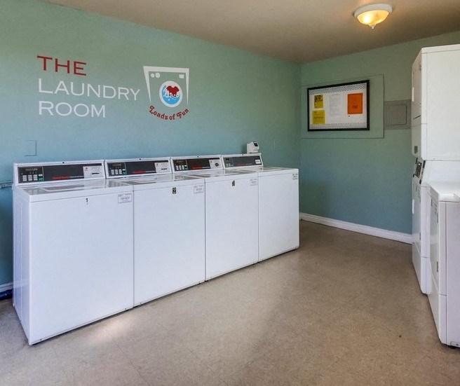 Laundry room - Mesa Vista Apartments