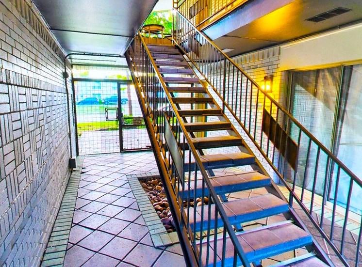 5908 Gaston Plaza Apartment Gated Courtyard Foyer