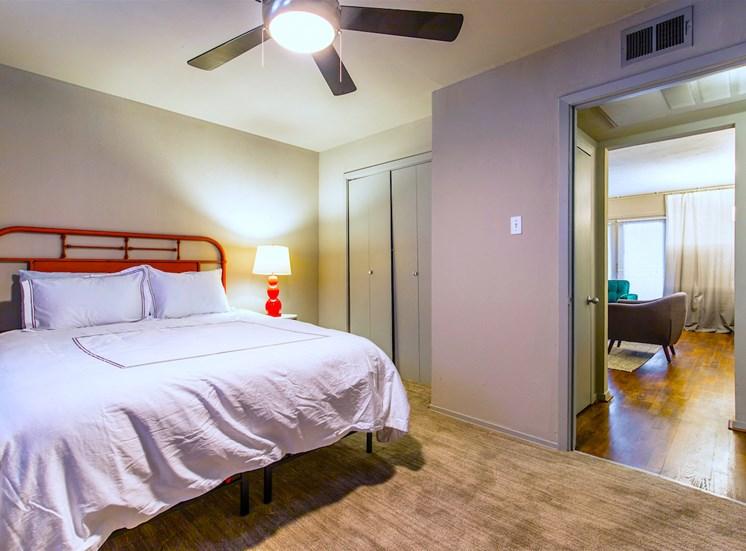5121 Gaston Garden Villa Master Bed