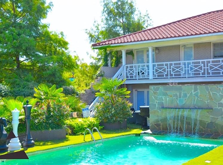 5121 Gaston Garden Villa Courtyard Pool