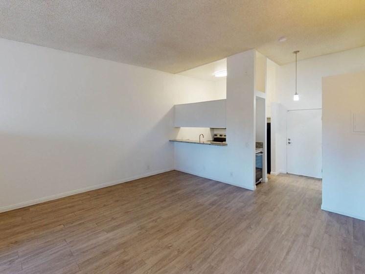 Studio-Room at Oxnard Plaza, California, 91606