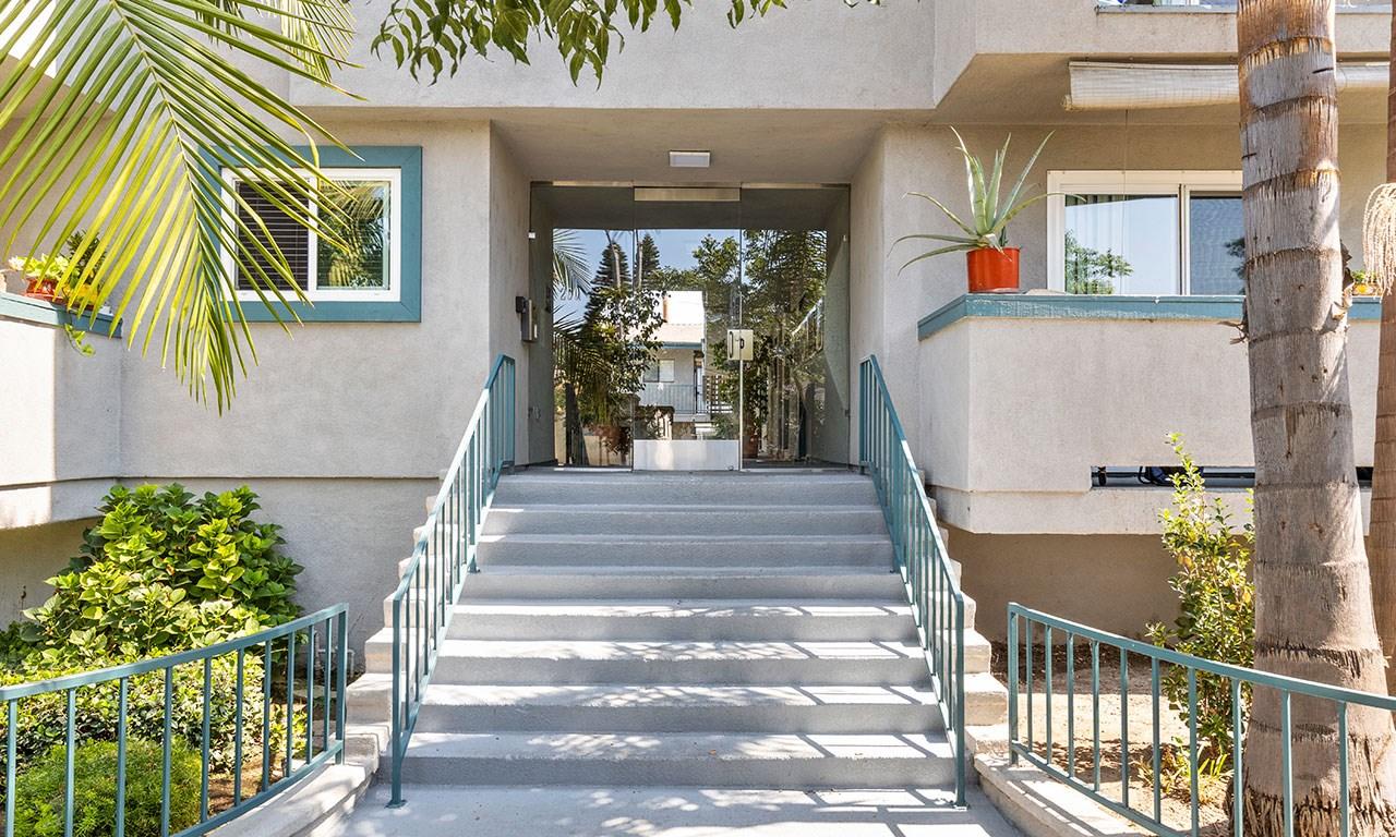 Front Door and Steps for Elmwood Gardens Apartments in Burbank, CA