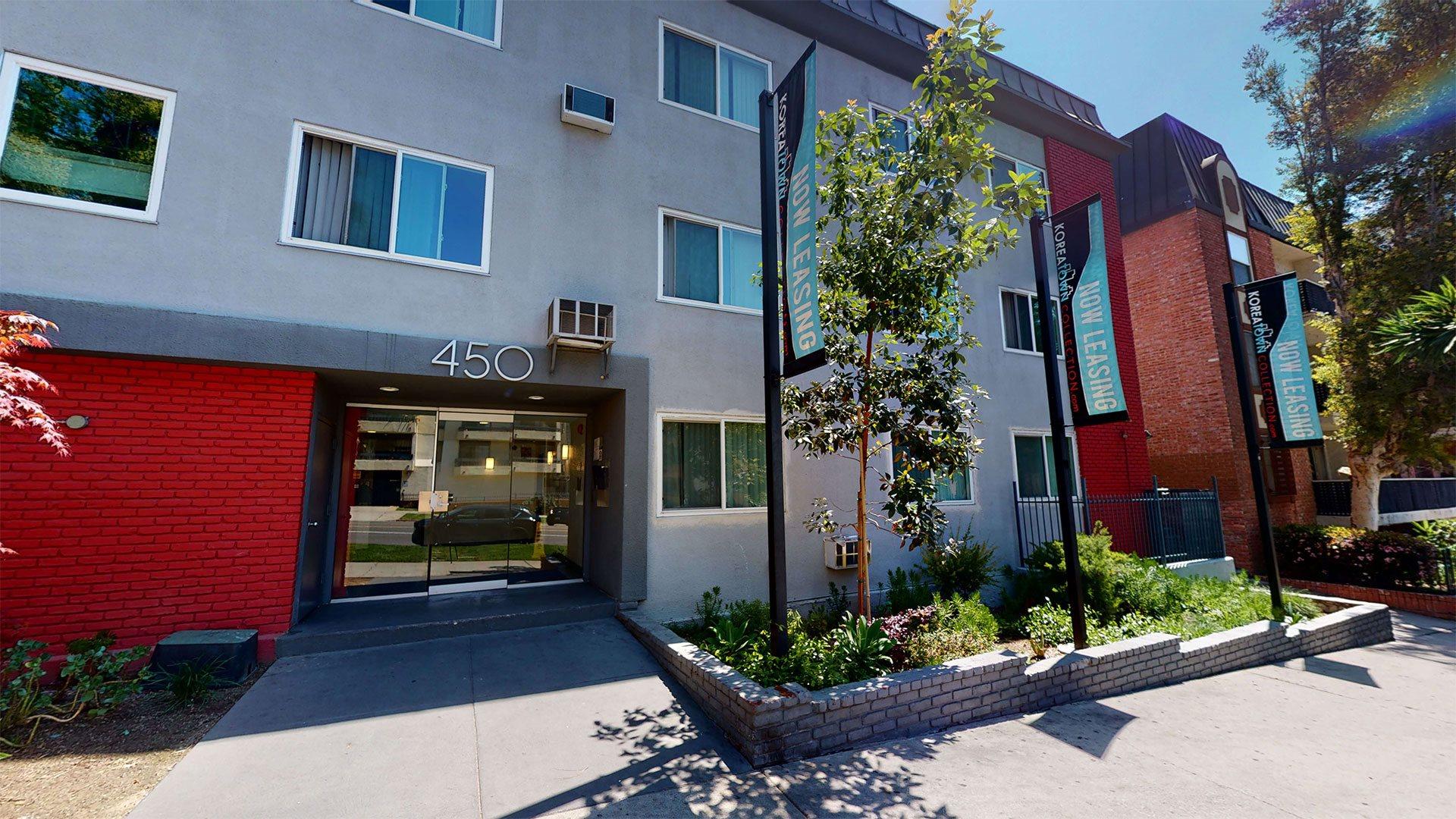 Elegant Exterior View at La Fayette Marquis, California, 90057