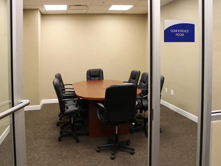 Business Center at Residences At 1717, Ohio