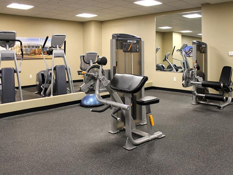 Fitness Center With Modern Equipment at Residences At 1717, Cleveland, Ohio