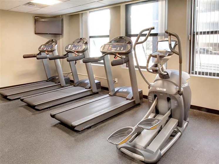 Cardio Machines In Gym at The Residences At Hanna, Ohio