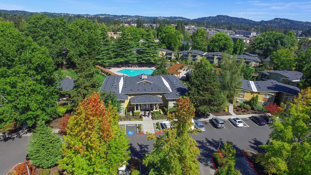 Commons at Timber Creek Luxury Beaverton Apartments