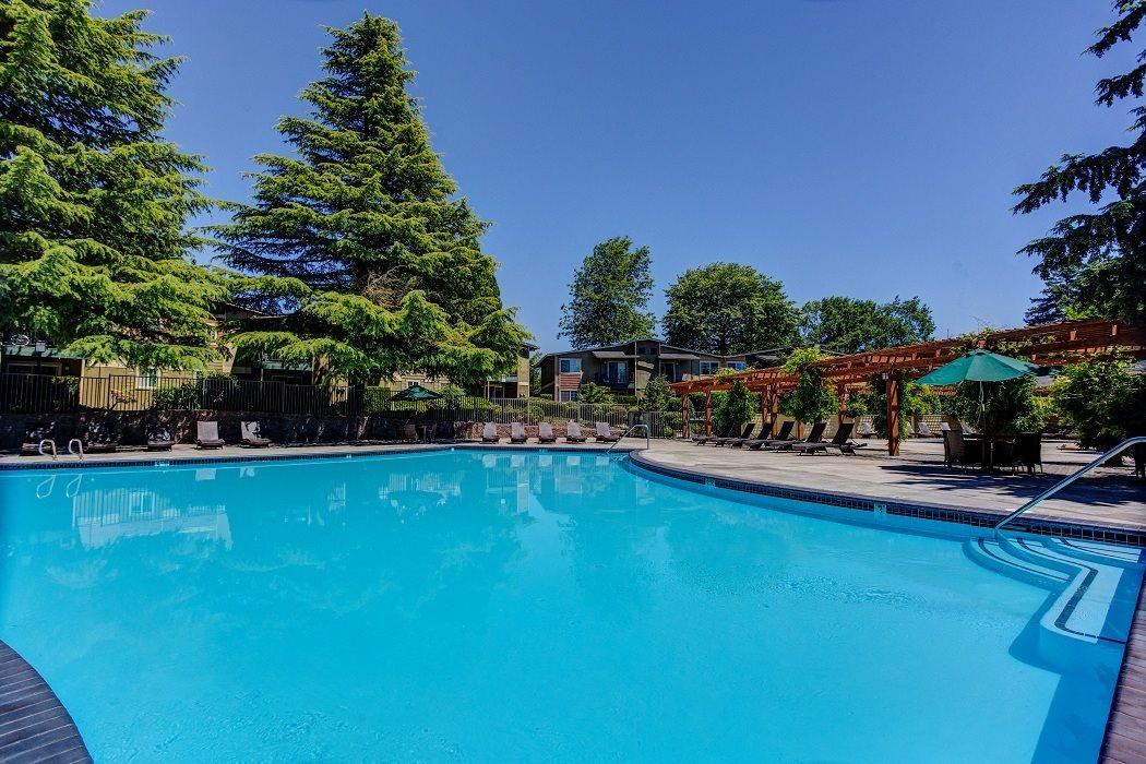 Poolside Cabanas at Commons at Timber Creek Apartments, Oregon, 97229