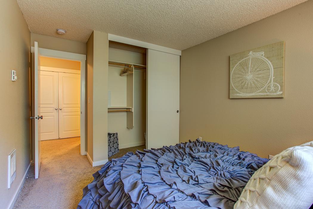 Cedar Hills Portland Apartments, Commons at Timber Creek