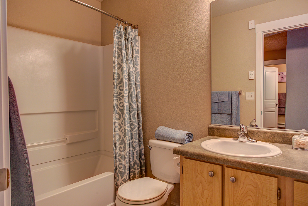 Luxury Apartments in Beaverton, Commons at Timber Creek