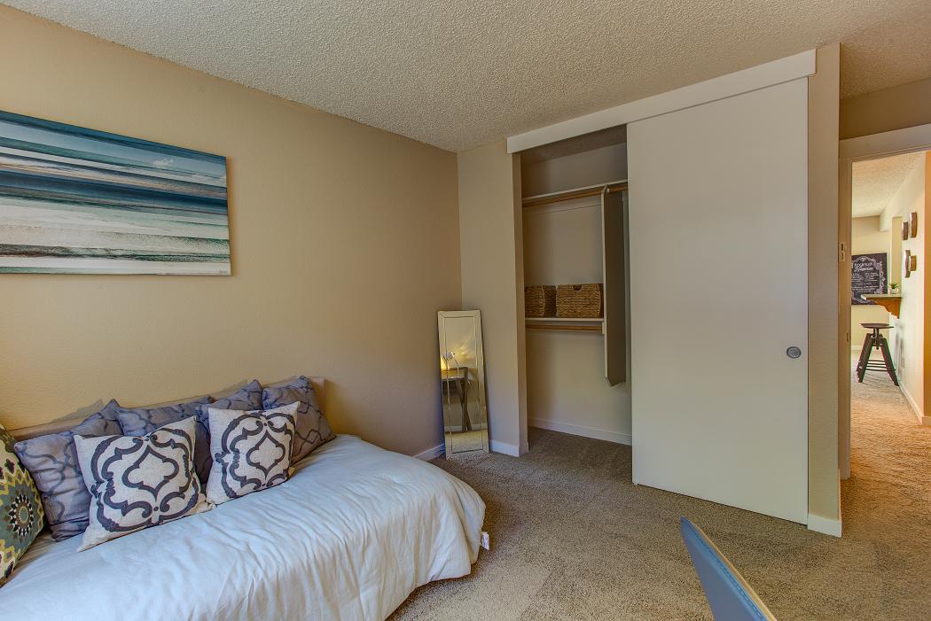 Beaverton Apartments, Commons at Timber Creek
