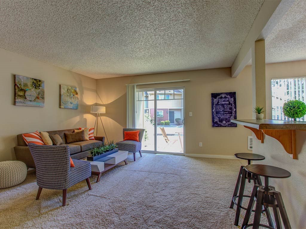 Carpeted Living Room at Commons at Timber Creek, Portland, Oregon