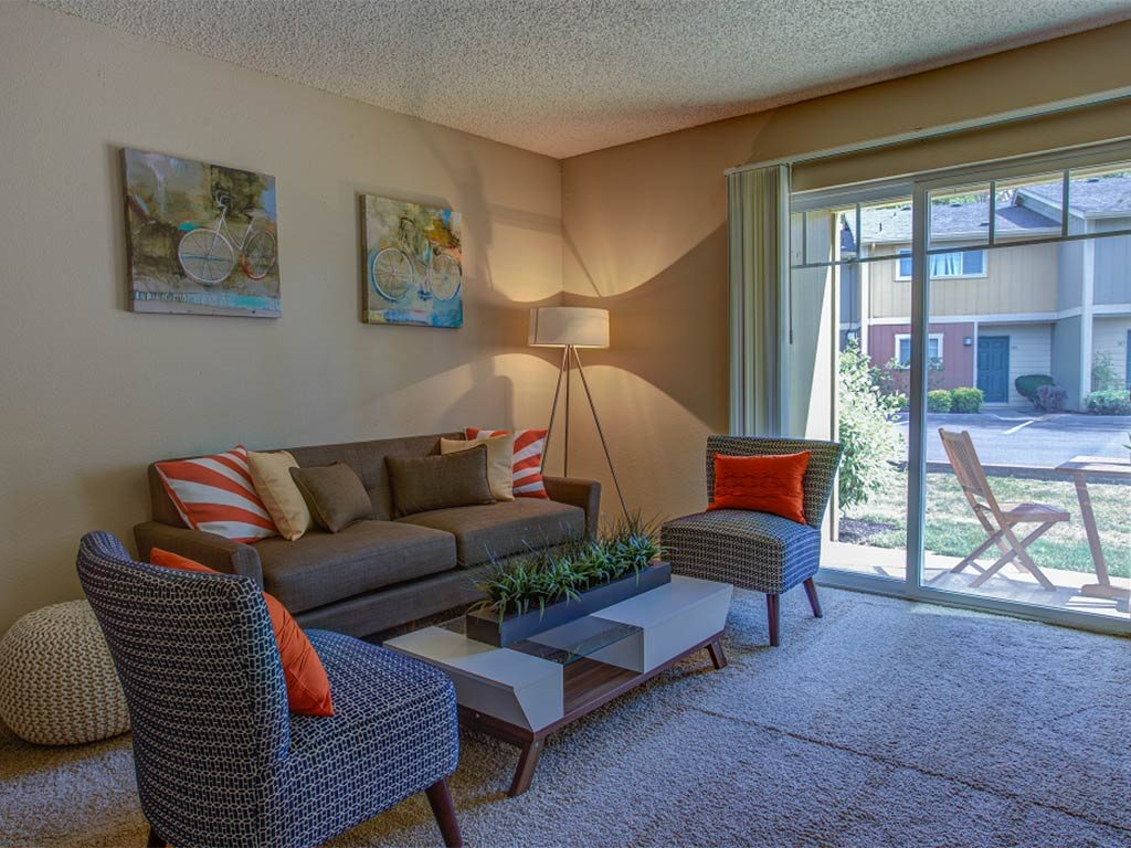 Living Room with Natural Light at Commons at Timber Creek, Oregon, 97229