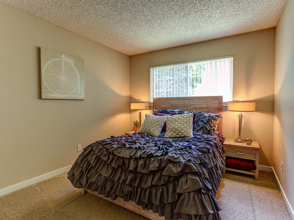 Master Bedroom at Commons at Timber Creek, Portland, OR